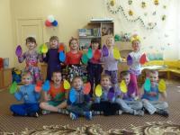 Мы рисуем радугу!!!!